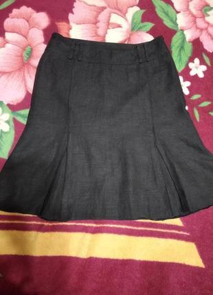 Черная юбка с клиньями на подкладке , 100% лён.