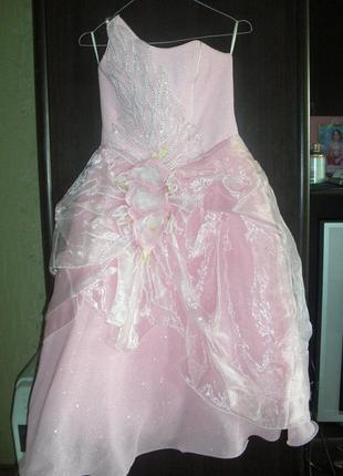 Шикарное вечернее, карнавальное платье на девочку 5-9 лет