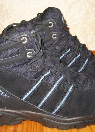 Кожаные ботинки adidas gore-tex 37р. (24 см.)