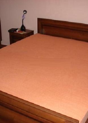 Плотные большие махровые простыни на резинке (180*200)