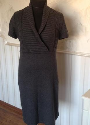 Фирменное тепленькое платье размер 50-52.