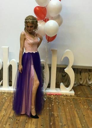 Выпускное платье. теги: бальное вечернее платье с вырезом на спине