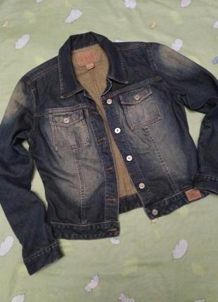Джинсовая куртка guess оригинал р-р l