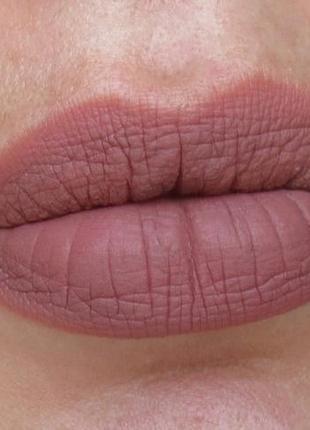 Матовая губная помада nyx soft matte # 36  los angeles