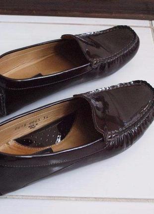 Туфли лаковые luciano carvari  размер 36