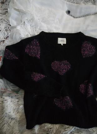 Уютный стильный черный свитер от papaya в розовое сердечко травку