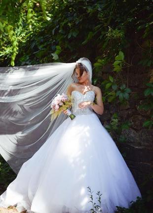 Шикарное свадебное платье с камнями swarovski от pollardi +подарок