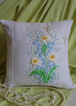 Декоративная подушка, летний букет, вышивка лентами