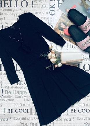 Базовое платье со шнуровкой в рубчик