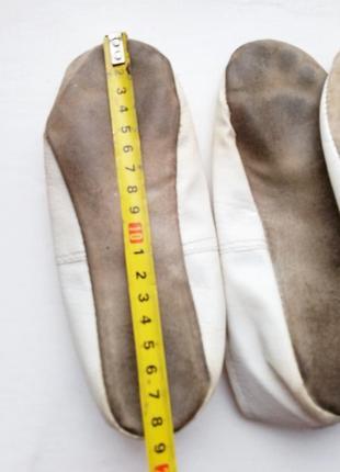 Белые чешки,  две пары балеток 29-30р3 фото