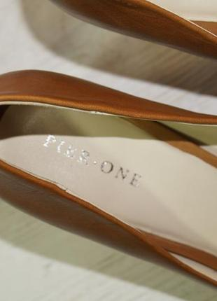 Pier one! кожа! красивые базовые туфли на удобном каблуке высокого качества3