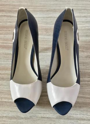 Туфли с открытым носочком antonio biaggi
