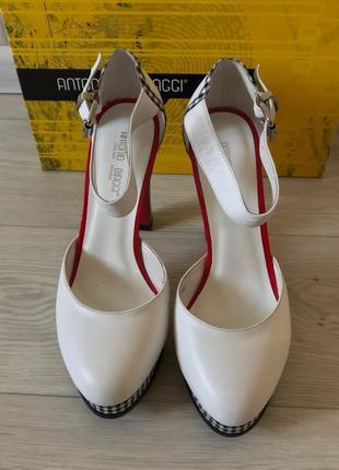 Открытые туфли antonio biaggi