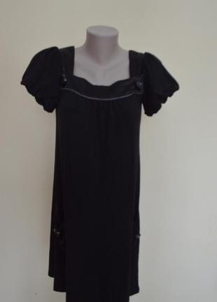 Красивое платье трикотаж свободного кроя черное