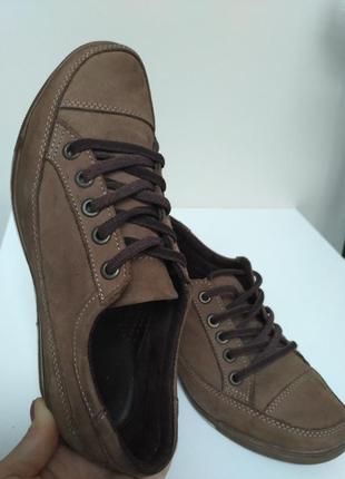 💥кросовки кеды ботинки натуральная кожа фирменые танкетка коричневые нубук 23,5 см