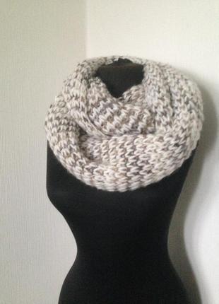 Объемный вязаный хомут, снуд, шарф.