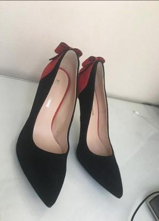 Стильные туфли красно-черные4 фото