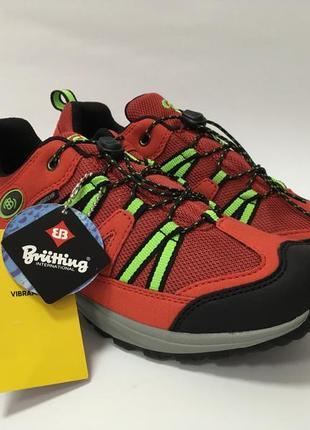Стильні треккінгові кросівки від brutting р-36 стелька 23 см