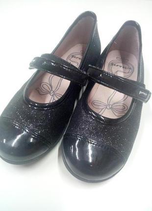 Брендовые нарядные туфли garvalin