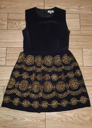 Вельветовое платье с золотой росписью