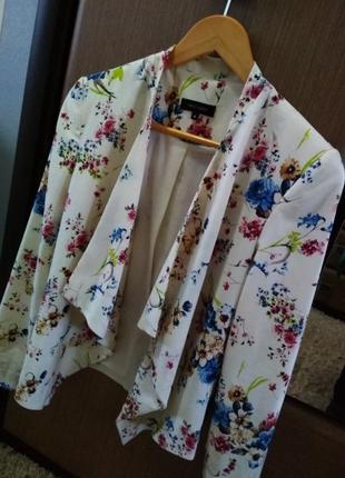 Женский пиджак. модный пиджак. пиджак.
