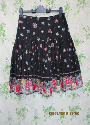 Стильгая юбка в складку/принт цветы 44-46 размер/ olga de polga
