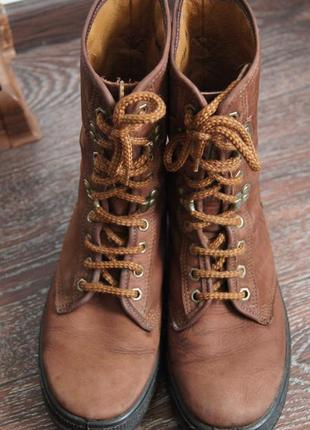 Высокие демисезонные ботинки sisley на толстой подошве2