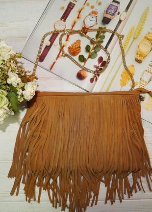 H&m. стильная сумка на цепочке с бахромой