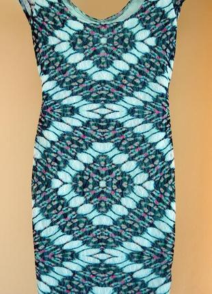 Платье в принт от h&m распродажа в шафе!!!!