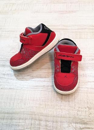 Кроссовки кеды хайтопы ботинки на липучках красные nike jordan оригинал, р. 23,5