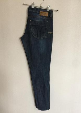 Узкие на молниях джинсы 👖 с бабочкой (пуговка) от miss sixty