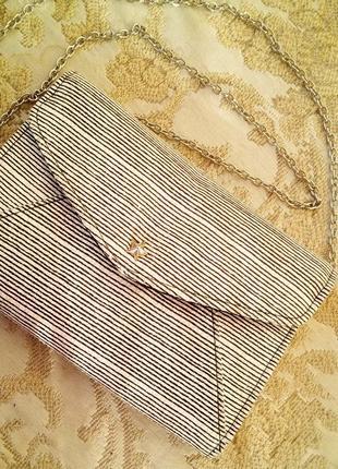 Симпатичная сумочка next