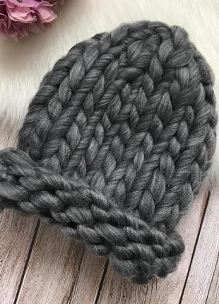 Объёмная шапочка крупной вязки