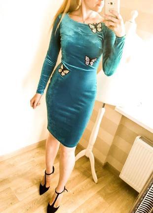 Бархатное платье стрейч по фигуре с длинным рукавом