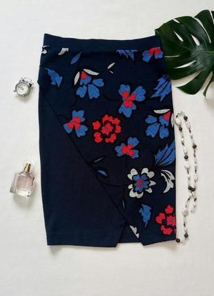 Юбка с запахом,  юбка с цветочным принтом, юбка-карандаш