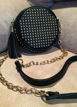 Кожаная сумка круглая маленькая вместительная идеальная черная antonio  biaggi с кнопками 1aa3e6ed577