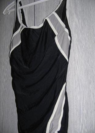 Купальник сплошной черно-серый