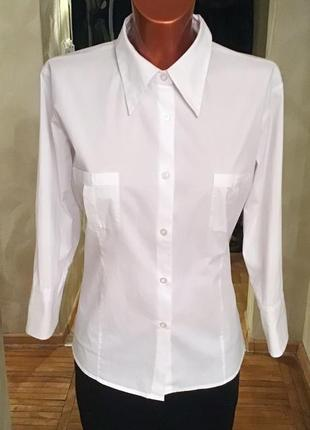Белая фирменная стрейчевая рубашка полуприталенного кроя от biaggini