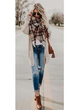 Палантин-накидка шаль шарф объемный коричневый в белую клетку клетчатый платок длинный