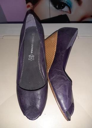 Туфли кожа  donna  40-26.5