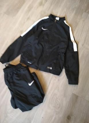 Детский спортивный костюм nike 137-147 см