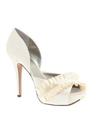 Новый шикарные туфли можно как свадебные , мега удобные ! британия , 26 см стельке .asos