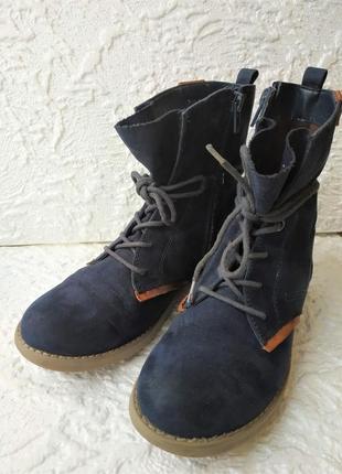 Стильные замшевые ботинки bench размер 33