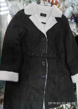 Новая куртка с мехом 16 размер в наличии