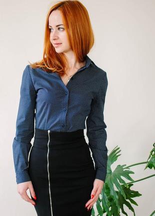 Блузка приталеного крою