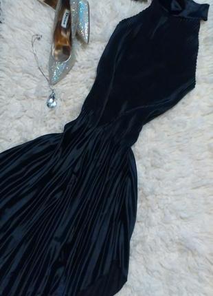 Платье черное плиссе