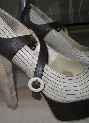 Фирменные кожаные туфли glossi, 39 размер