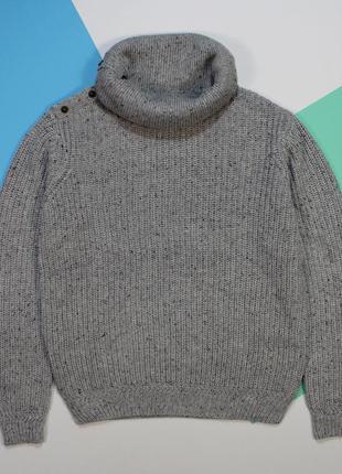 Царский увесистый теплый свитер с хомутом от jack&jones.