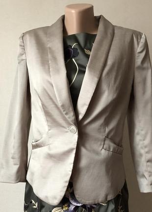 Шикарный, красивый, стильный пиджак от h&m