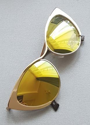 Зеркальные очки-кошки в металлической оправе. бесплатная доставка